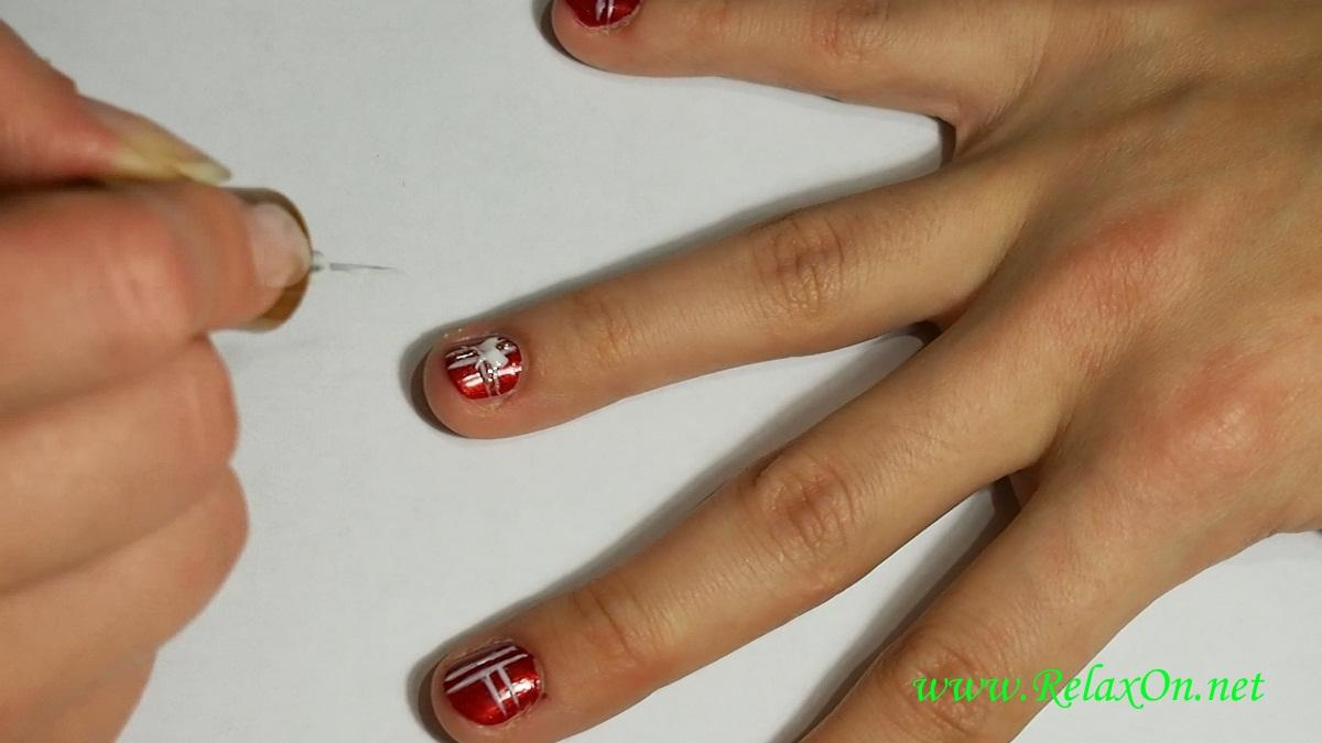 4-Новогдний дизайн ногтей на короткие ногти