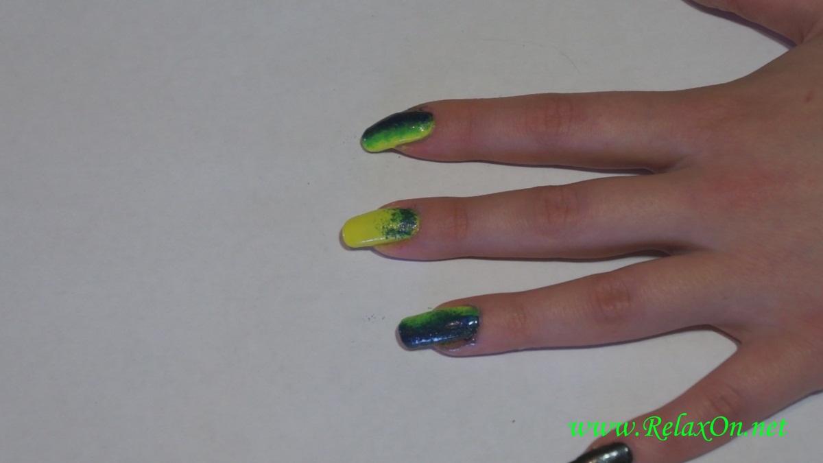 7-Новогодний дизайн ногтей