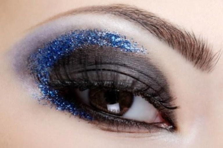 Карие глаза новогодний макияж