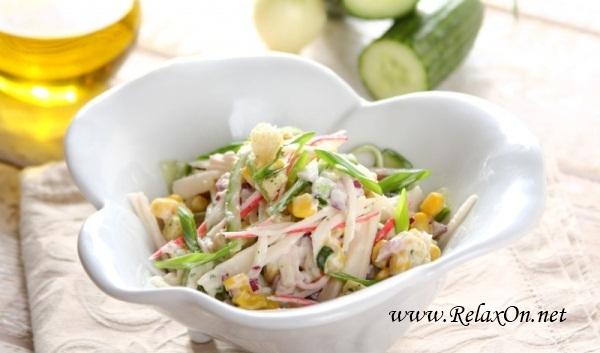 Салат из крабовых палочек с йогуртом с пошаговми фото